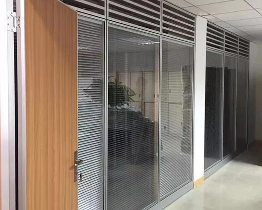 室内玻璃隔断墙定制